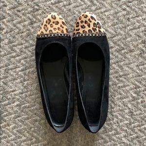 Vaneli leopard print and black flats